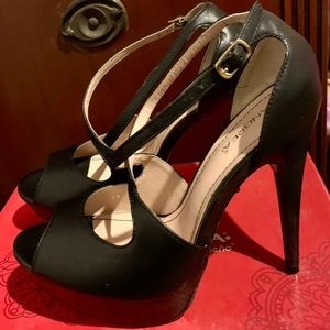 Shoes - Black leather platform women's shoes in size 8